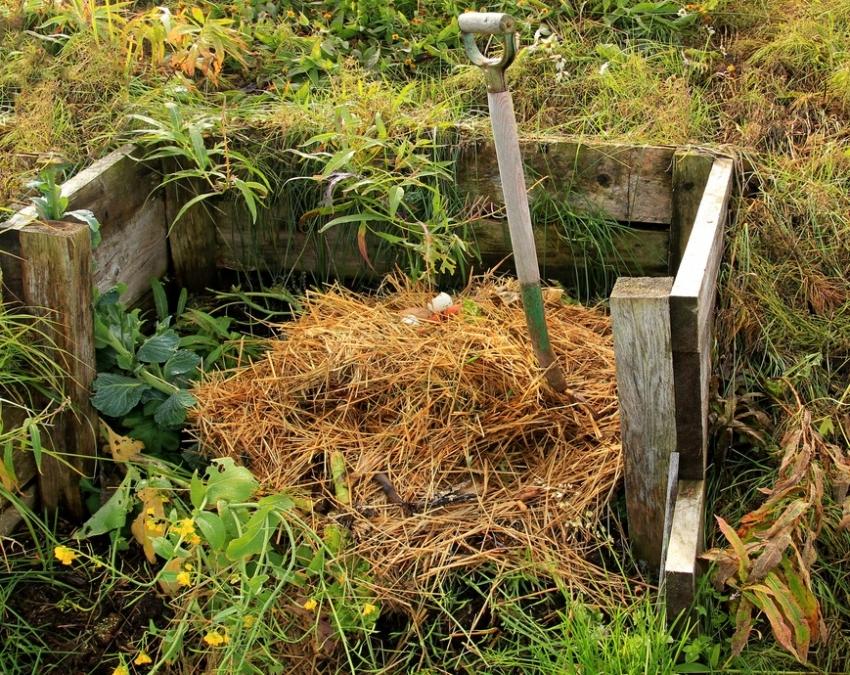 Как сделать компостной яма своими руками